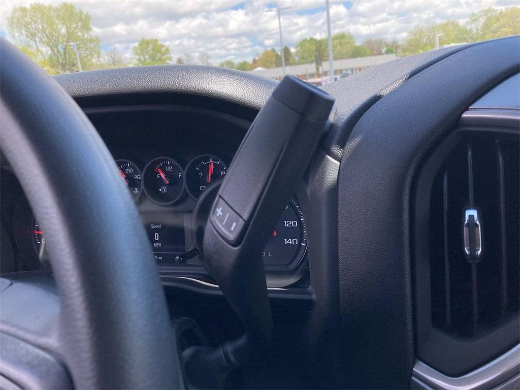 2021 Chevrolet Silverado 2500 Crew Cab 4x4, Pickup #W210548 - photo 21