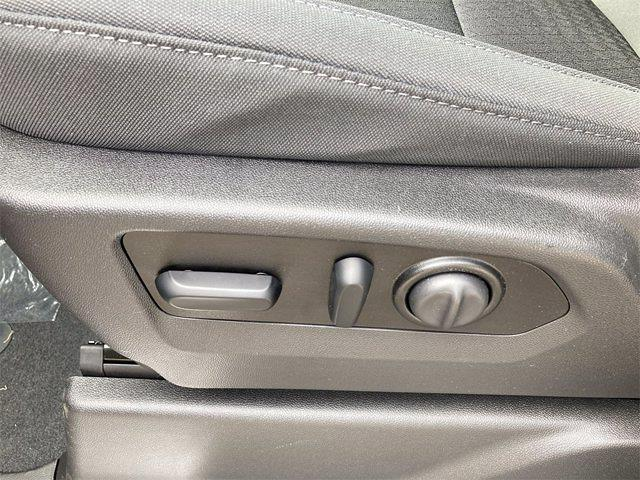 2021 Chevrolet Silverado 1500 4x4, Pickup #W210561 - photo 14