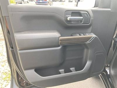 2021 Chevrolet Silverado 1500 4x4, Pickup #W210561 - photo 15