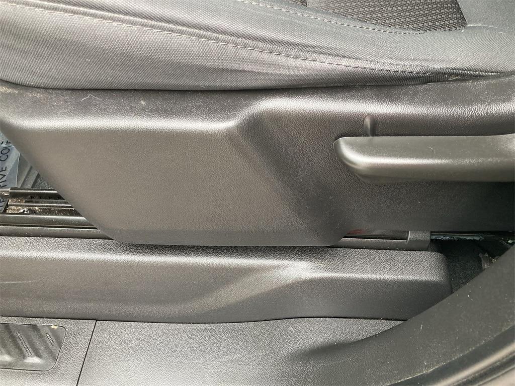 2019 Chevrolet Silverado 1500 Double Cab 4x4, Pickup #W210577A - photo 21