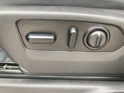 2020 Chevrolet Silverado 2500 Crew Cab 4x4, Pickup #W210577B - photo 23
