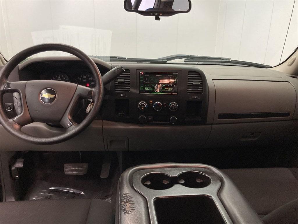 2010 Chevrolet Silverado 1500 Extended Cab 4x2, Pickup #W210582A - photo 26