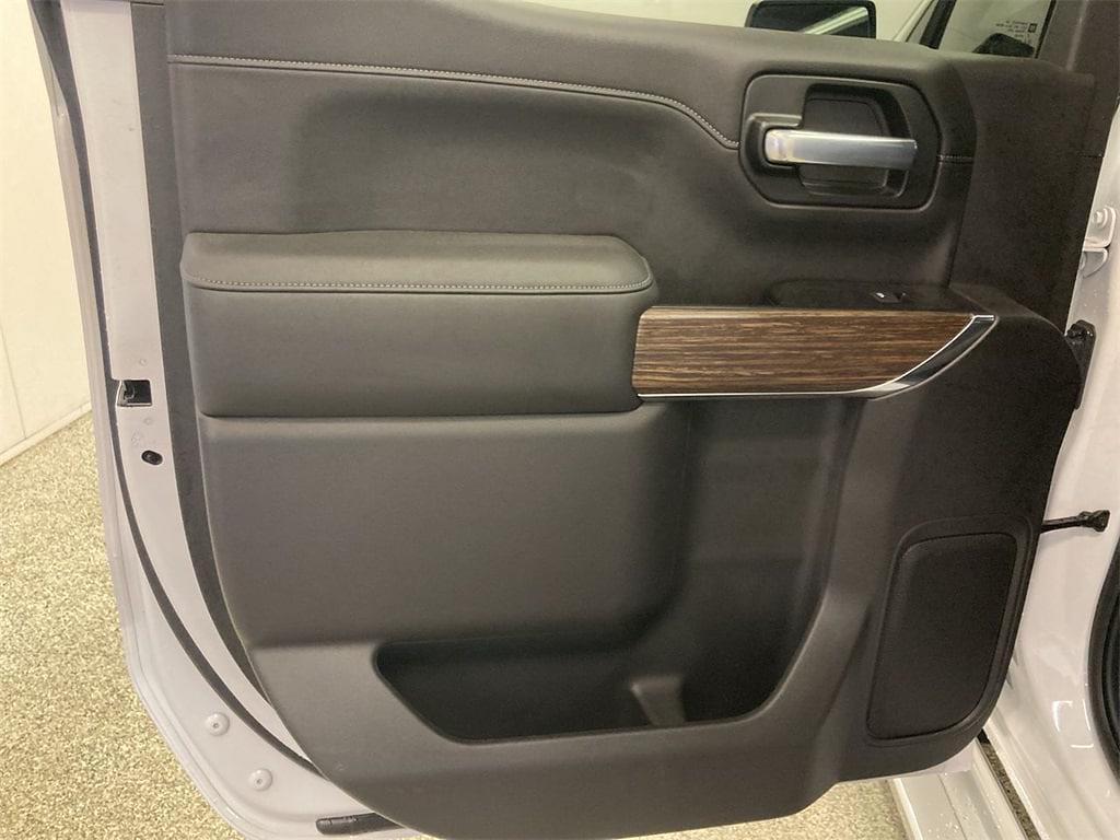 2020 Chevrolet Silverado 1500 Crew Cab 4x4, Pickup #W210591A - photo 22