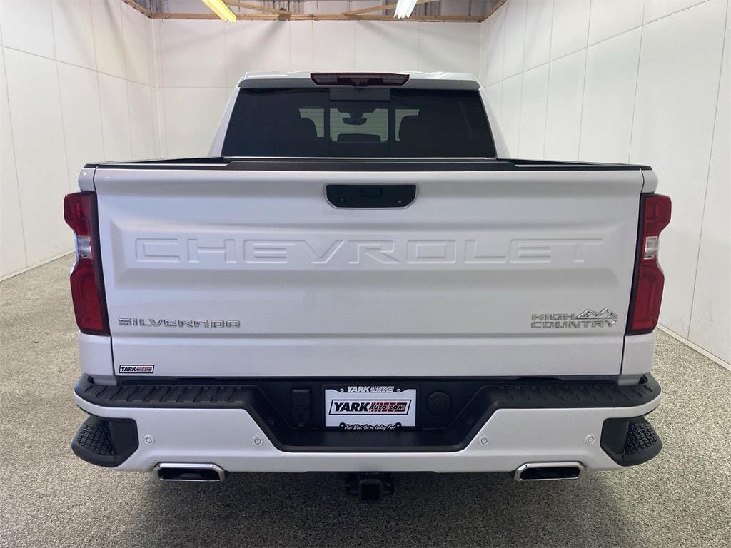 2020 Chevrolet Silverado 1500 Crew Cab 4x4, Pickup #W210591A - photo 3