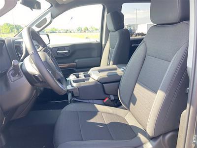 2021 Chevrolet Silverado 1500 4x4, Pickup #W210606 - photo 12