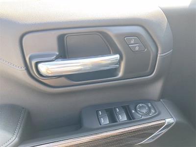 2021 Chevrolet Silverado 1500 4x4, Pickup #W210606 - photo 15