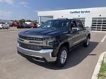 2021 Chevrolet Silverado 1500 4x4, Pickup #W210613 - photo 3