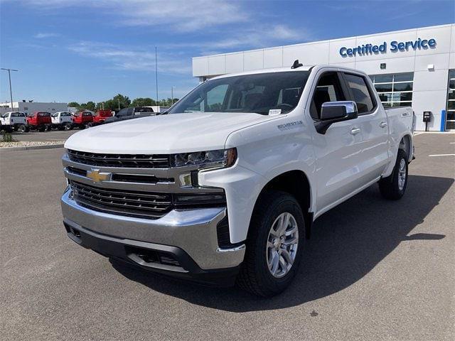 2021 Chevrolet Silverado 1500 4x4, Pickup #W210619 - photo 1