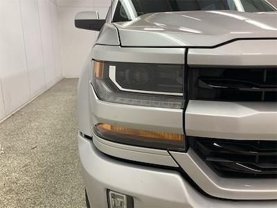 2017 Chevrolet Silverado 1500 Crew Cab 4x4, Pickup #W210621A - photo 9