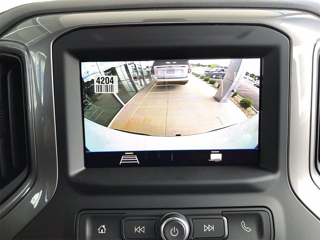 2021 Chevrolet Silverado 1500 Regular Cab 4x4, Pickup #W210637 - photo 18