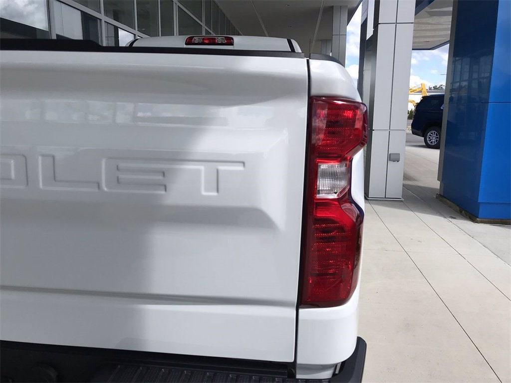 2021 Chevrolet Silverado 1500 Regular Cab 4x4, Pickup #W210637 - photo 9