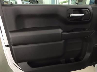 2021 Chevrolet Silverado 1500 Regular Cab 4x4, Pickup #W210637 - photo 13