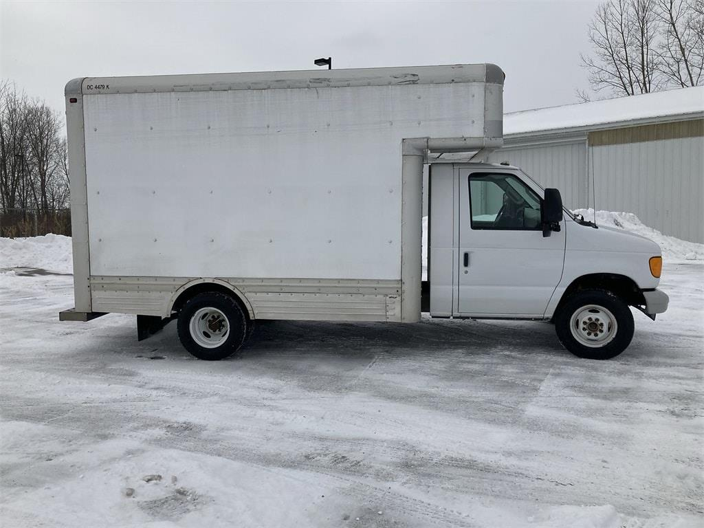 2007 Ford E-450 4x2, Cutaway Van #WP4850 - photo 8