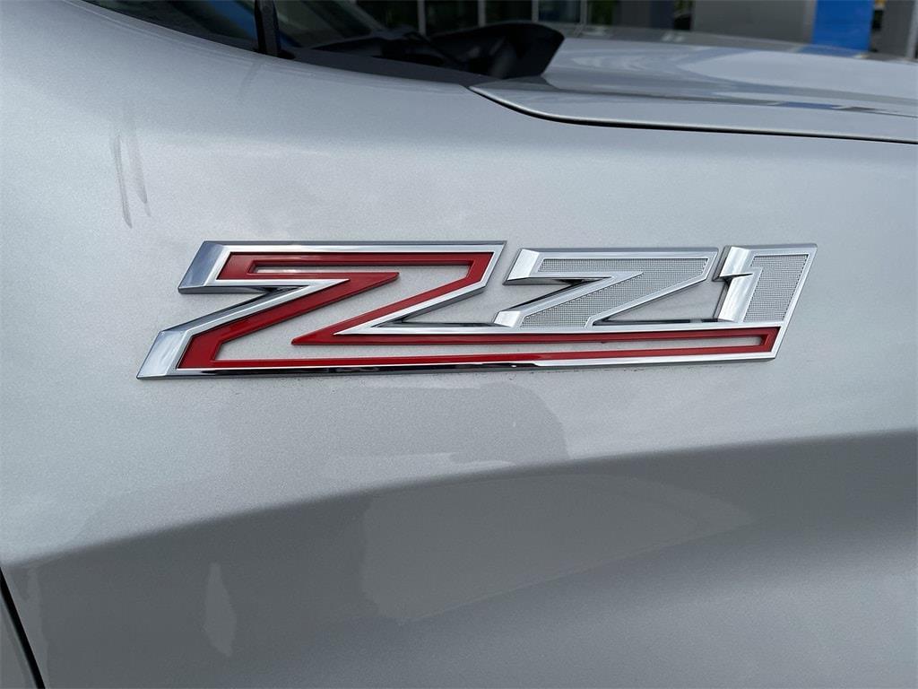 2020 Chevrolet Silverado 1500 Crew Cab 4x4, Pickup #WP4987 - photo 6