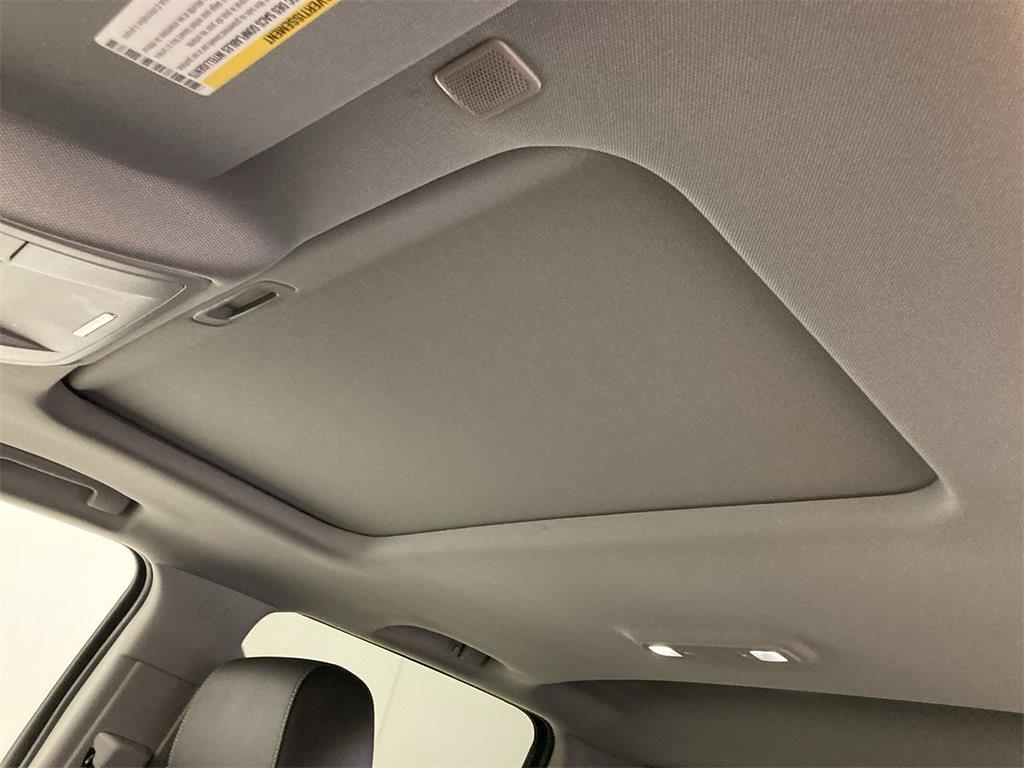 2018 Chevrolet Silverado 1500 Crew Cab 4x4, Pickup #WP4994 - photo 27