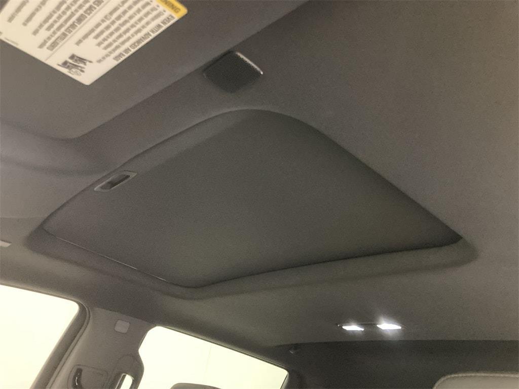 2020 GMC Sierra 1500 Crew Cab 4x4, Pickup #WP5016 - photo 26