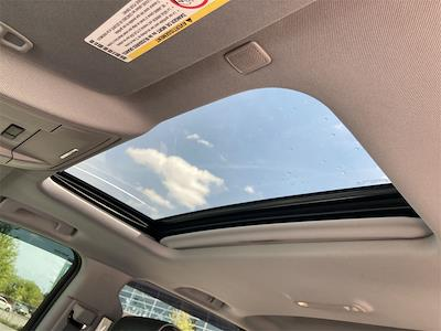 2017 Chevrolet Silverado 2500 Crew Cab 4x4, Pickup #WP5025 - photo 26