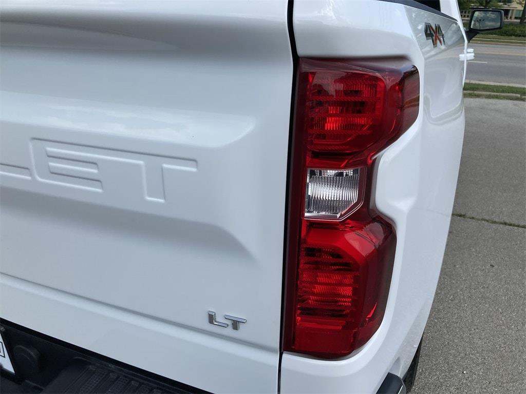 2019 Silverado 1500 Double Cab 4x4,  Pickup #WP5090 - photo 18