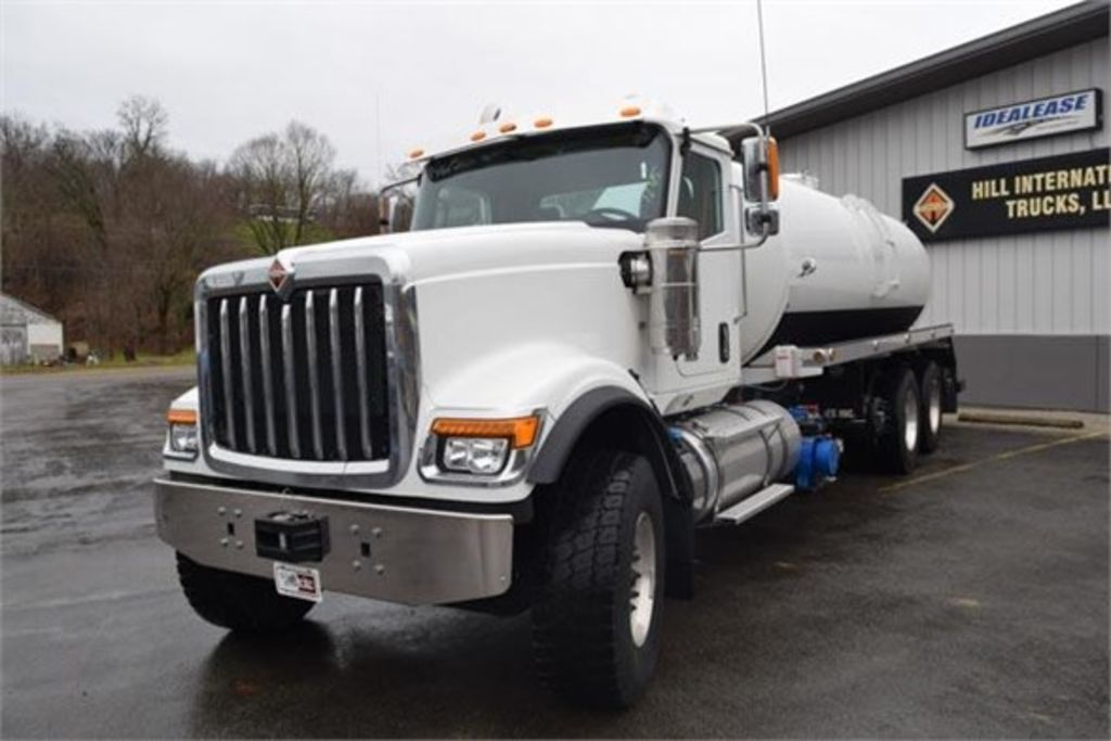 2019 International HX 6x4, Pik Rite Water Truck #EN-19096-V - photo 1