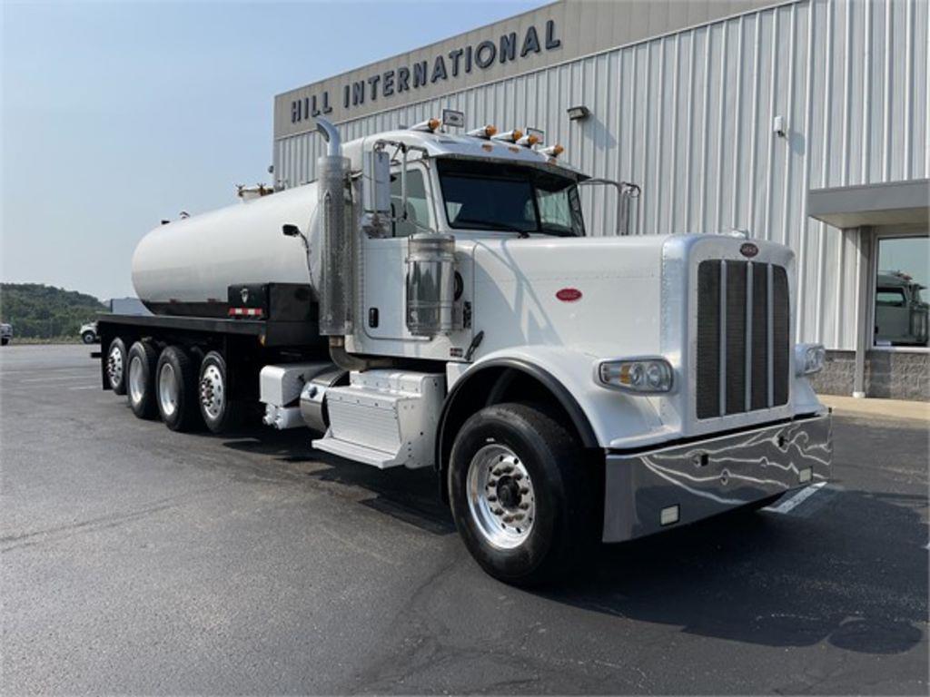 2013 Peterbilt 388 6x4, Water Truck #PU-520 - photo 1