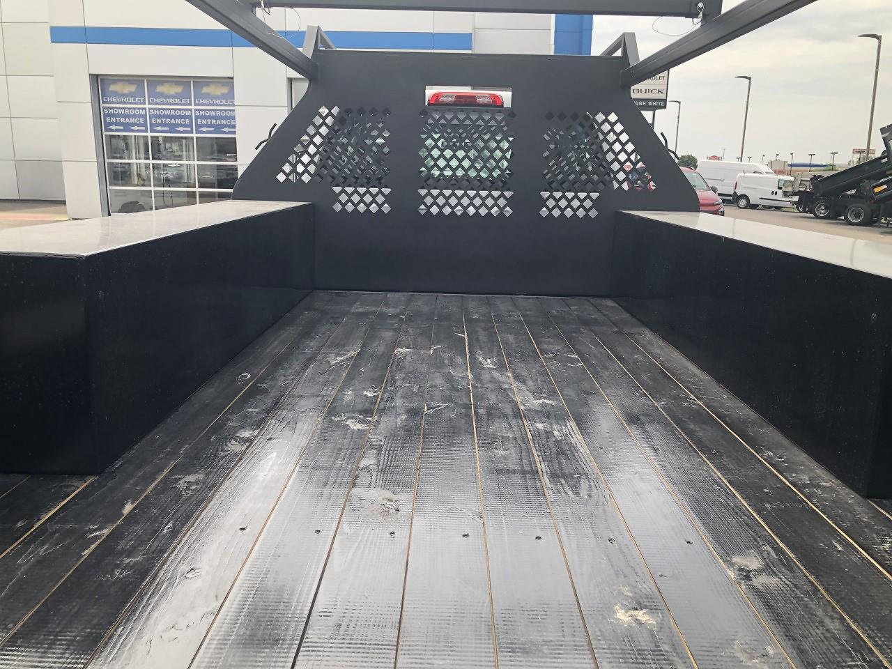 2021 Silverado 5500 Crew Cab DRW 4x2, 12' Platform Rack It Contractor Pkg #12212630 - photo 9