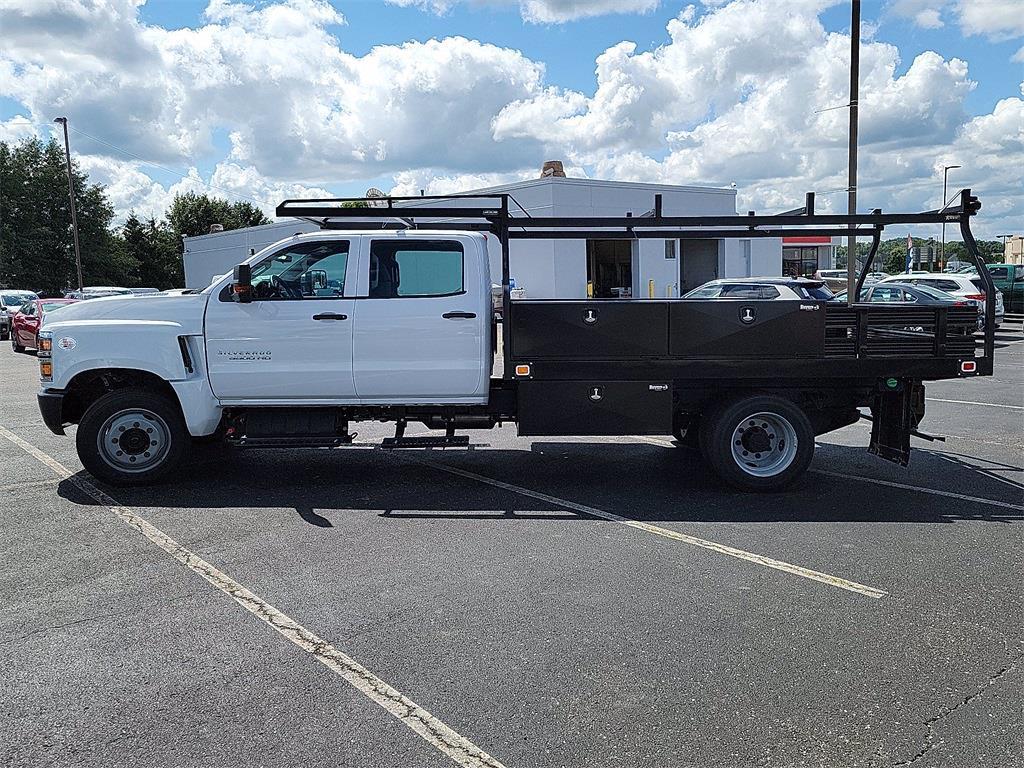 2021 Silverado 5500 Crew Cab DRW 4x2, 12' Platform Rack It Contractor Pkg #12212630 - photo 16