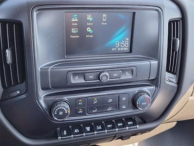 2021 Silverado 5500 Regular Cab DRW 4x2, 12' Flatbed/ Gooseneck Body #12212660 - photo 12