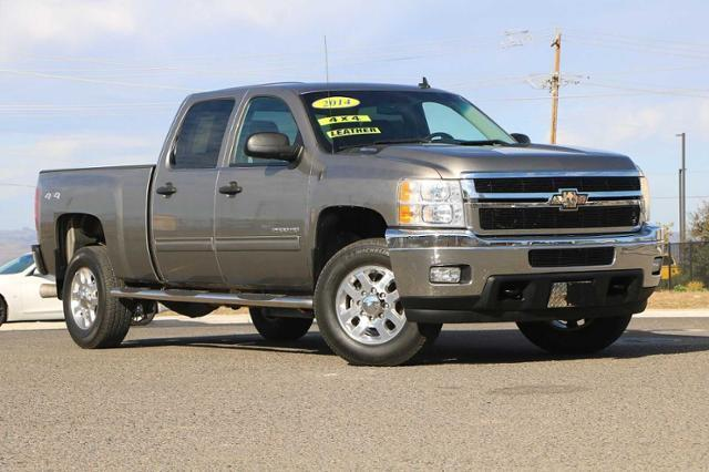 2014 Chevrolet Silverado 2500 Crew Cab 4x4, Pickup #23508A - photo 1