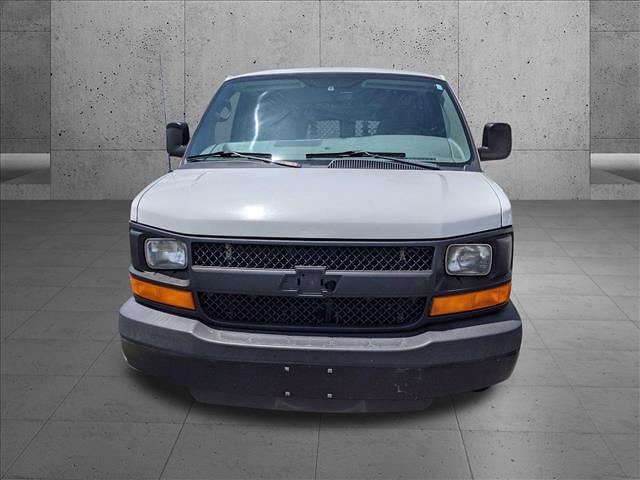 2015 Chevrolet Express 2500 4x2, Empty Cargo Van #F1185632 - photo 2
