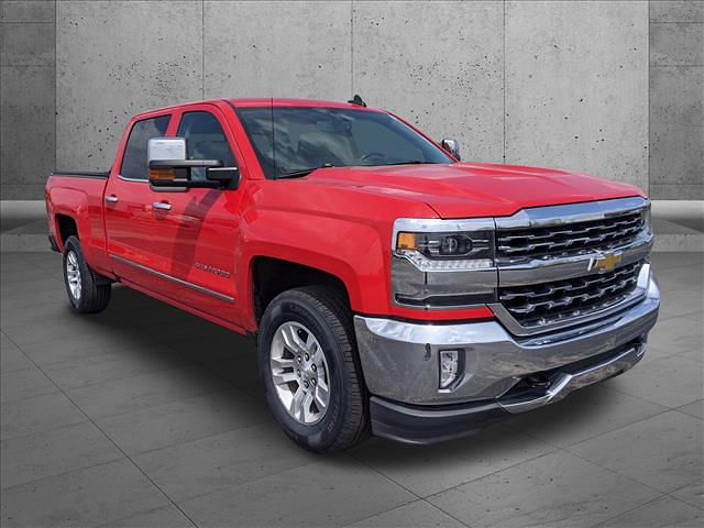 2018 Chevrolet Silverado 1500 Crew Cab 4x4, Pickup #JG236036 - photo 5