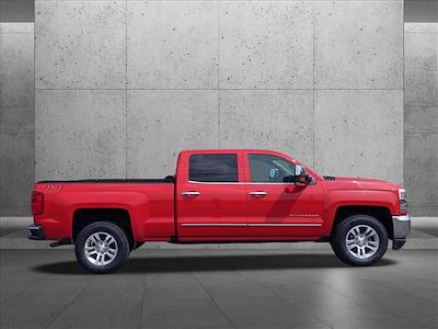 2018 Chevrolet Silverado 1500 Crew Cab 4x4, Pickup #JG236036 - photo 6