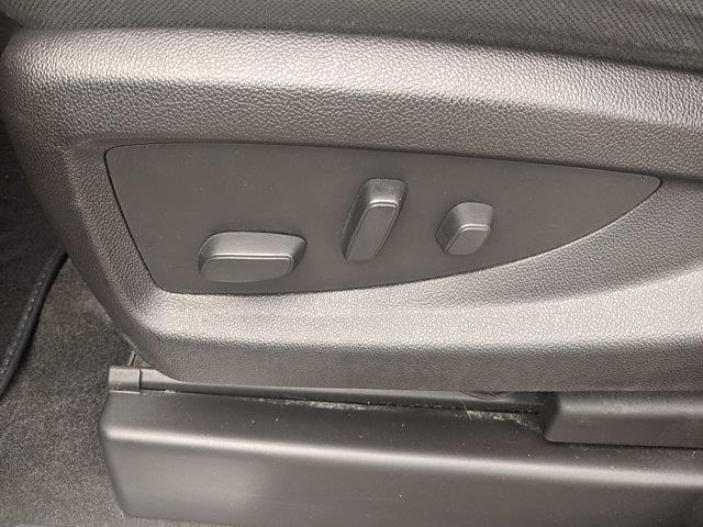 2018 Chevrolet Silverado 1500 Double Cab 4x4, Pickup #JZ135738 - photo 12