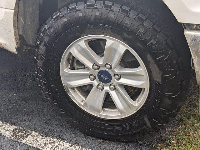 2020 Ford F-150 SuperCrew Cab 4x4, Pickup #LKE23743 - photo 6
