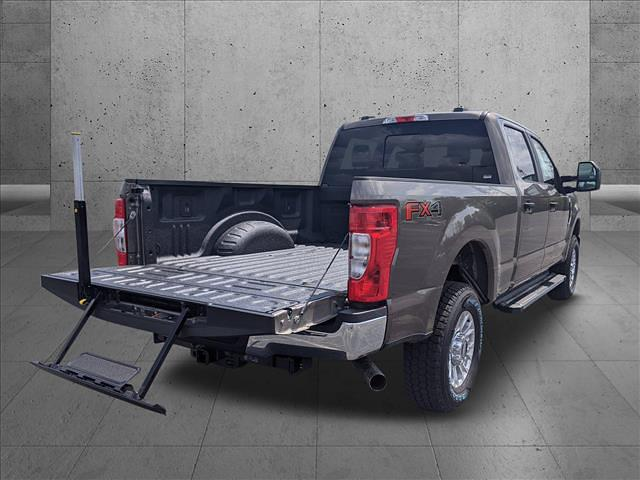 2021 Ford F-250 Crew Cab 4x4, Pickup #MED17265 - photo 3