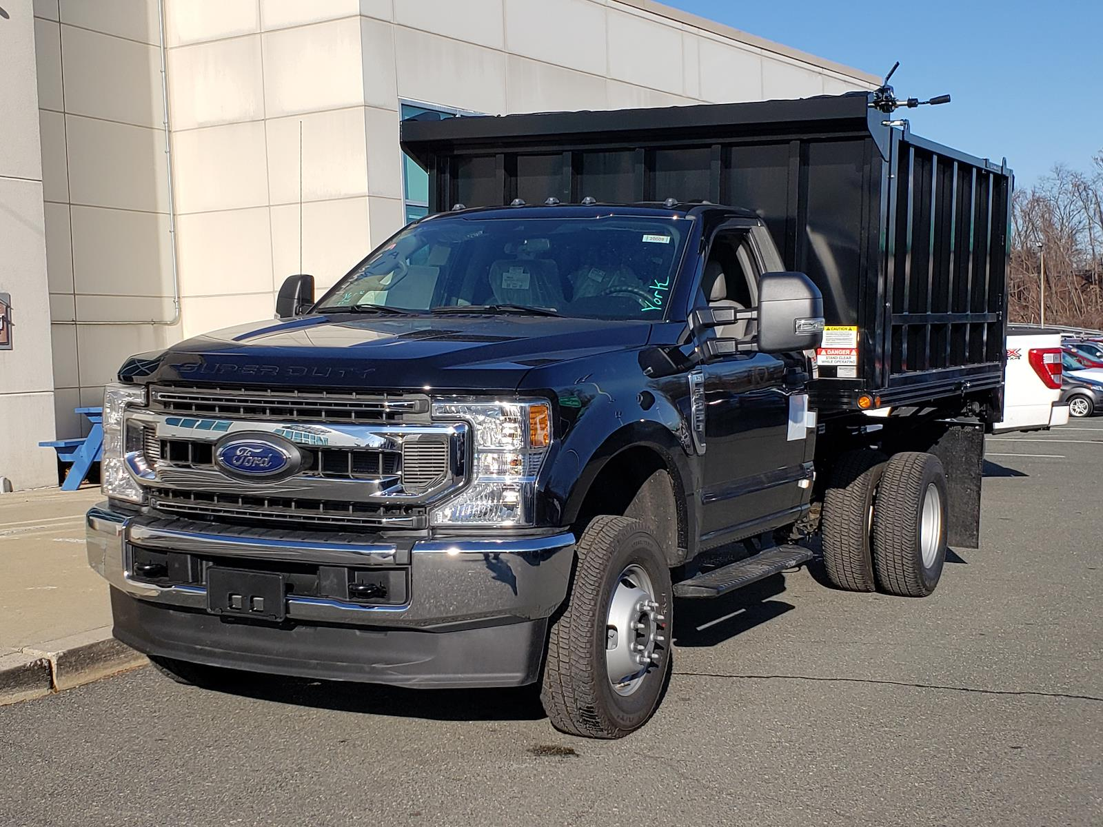 2020 Ford F-350 Regular Cab DRW 4x4, Duramag Landscape Dump #C20009 - photo 1