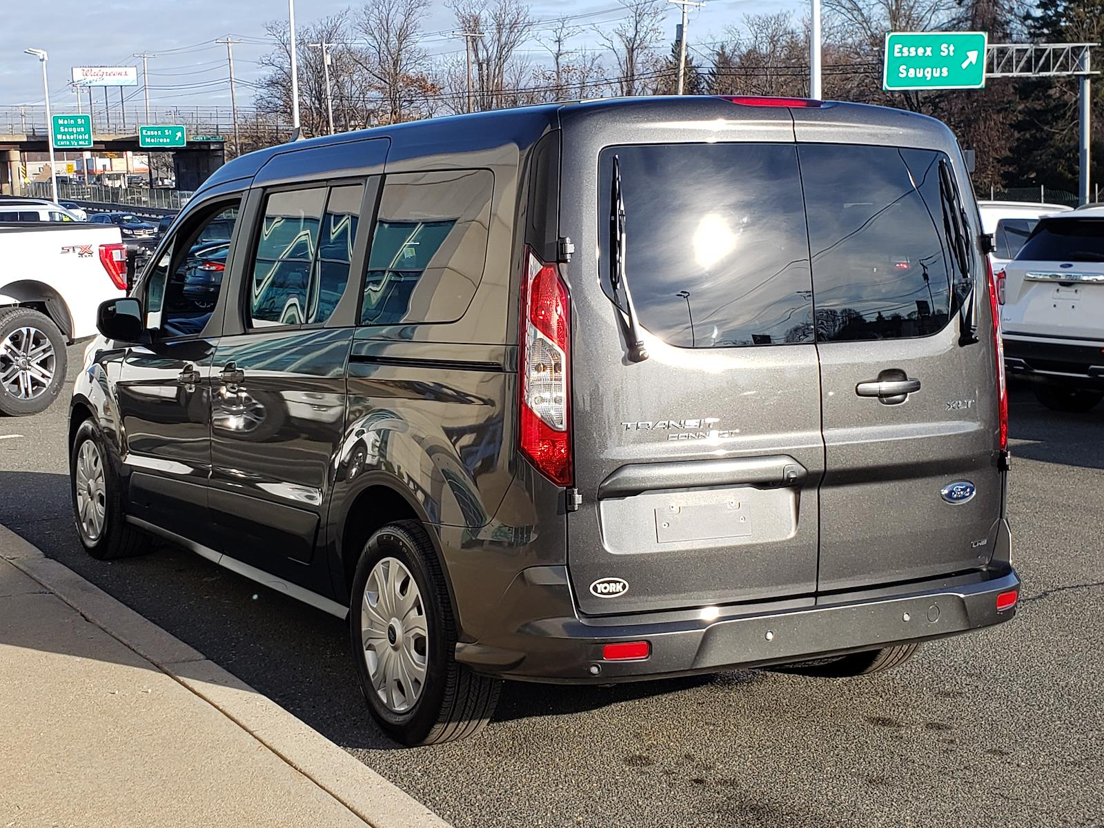 2020 Ford Transit Connect FWD, Passenger Wagon #CV5814 - photo 1