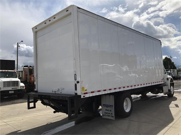 2016 International DuraStar 4300 4x2, Dry Freight #100155 - photo 1