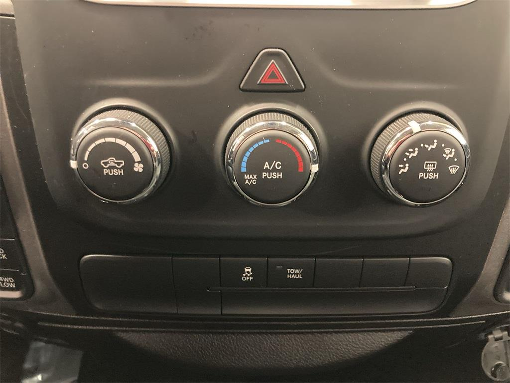 2019 Ram 1500 Crew Cab 4x4, Pickup #71936L - photo 32