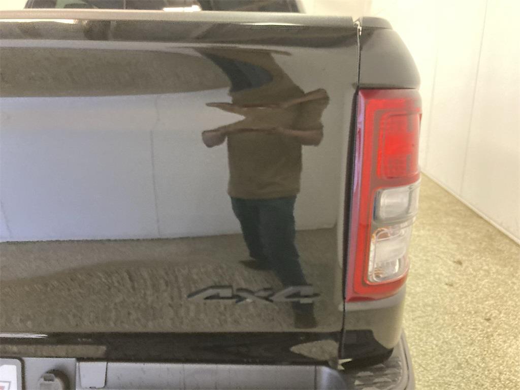 2019 Ram 1500 Crew Cab 4x4, Pickup #D210487A - photo 19
