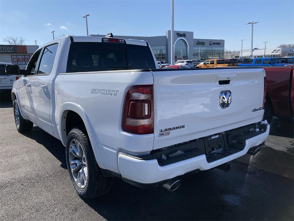 2021 Ram 1500 Crew Cab 4x4, Pickup #D210561 - photo 4