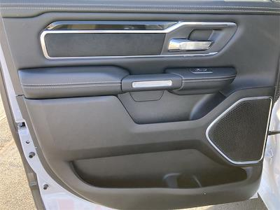 2021 Ram 1500 Crew Cab 4x4, Pickup #D210561 - photo 11
