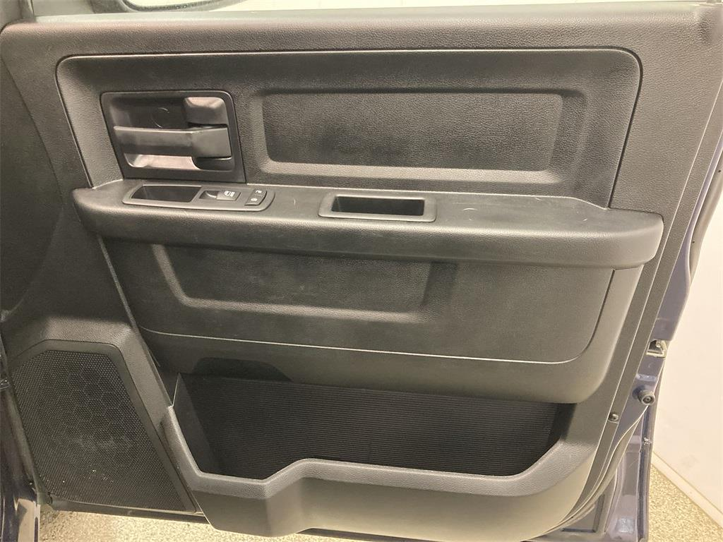 2018 Ram 1500 Crew Cab 4x4, Pickup #D210600A - photo 15