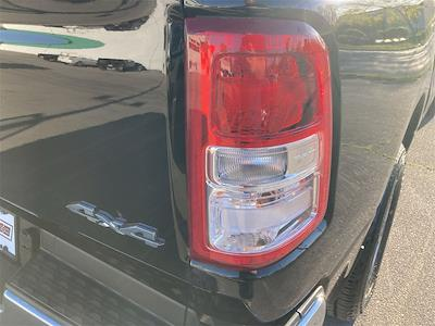 2019 Ram 1500 Crew Cab 4x4, Pickup #D210635A - photo 17