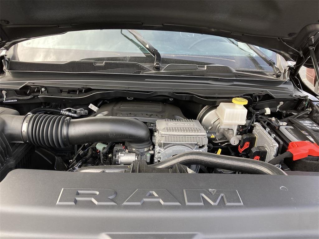 2021 Ram 1500 Crew Cab 4x4, Pickup #D210655 - photo 5
