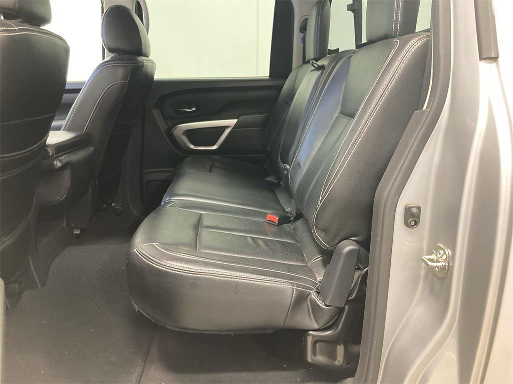 2017 Nissan Titan Crew Cab 4x4, Pickup #D210675B - photo 20