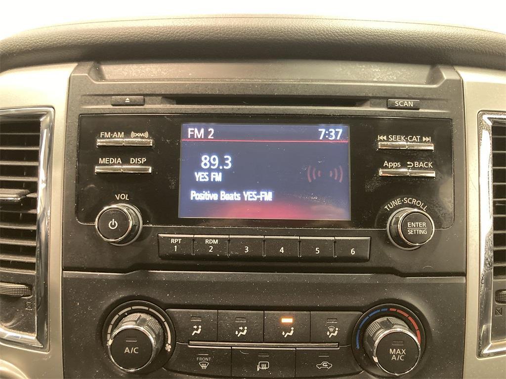 2017 Nissan Titan Crew Cab 4x4, Pickup #D210675B - photo 28