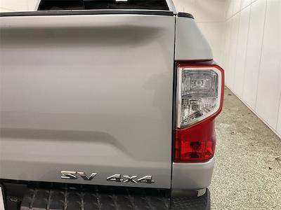 2017 Nissan Titan Crew Cab 4x4, Pickup #D210675B - photo 17