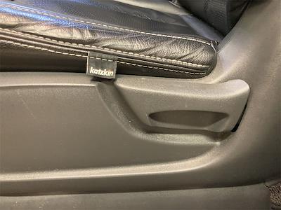 2017 Nissan Titan Crew Cab 4x4, Pickup #D210675B - photo 23