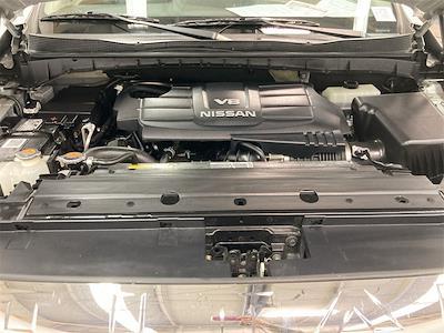 2017 Nissan Titan Crew Cab 4x4, Pickup #D210675B - photo 9