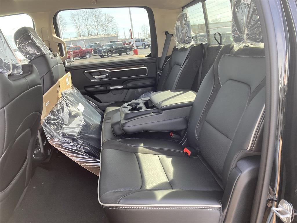 2021 Ram 1500 Crew Cab 4x4, Pickup #D210813 - photo 11
